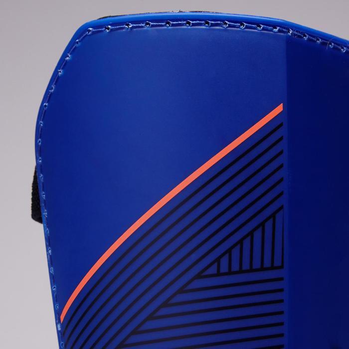 Voetbal scheenbeschermers volwassenen F140 (afneembare enkelsok) blauw oranje