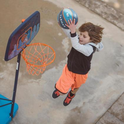 為了長高而打籃球