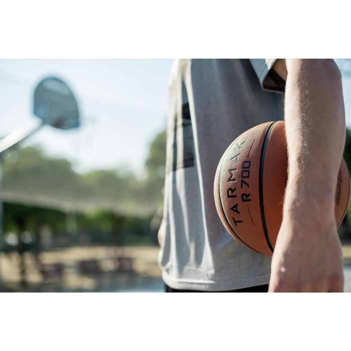 Ballon de basket adulte R700 Deluxe taille 7 orange. Super toucher de balle