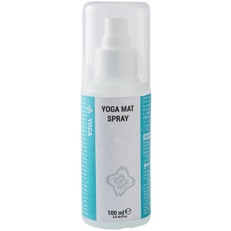 Izsmidzināms tīrīšanas līdzeklis jogas paklājiem ar ēteriskajām eļļām