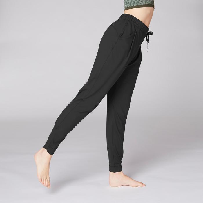 Soepele damesbroek studio dynamische yoga zwart