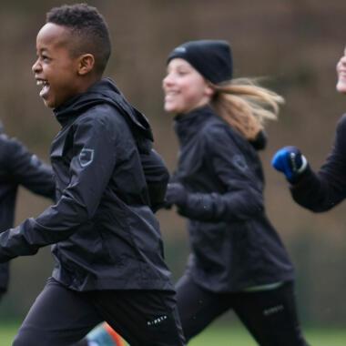 conseils pour jouer au foot en hiver enfant