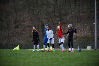 FOOTBALL-FILLE