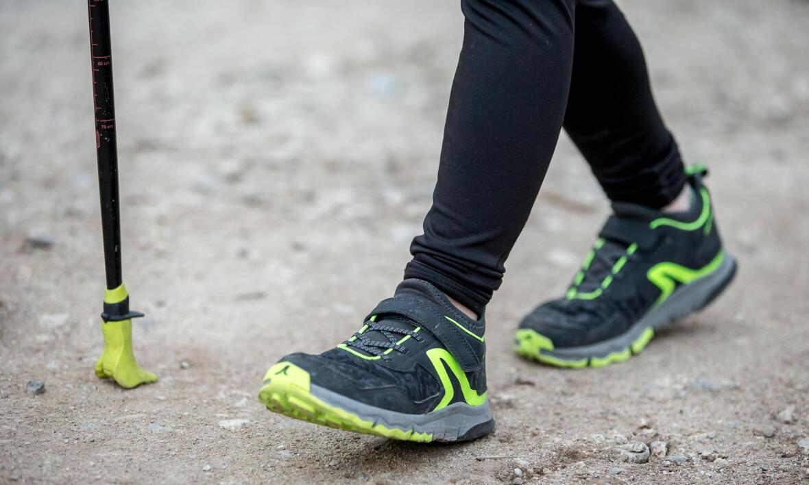 chaussure-marche-nordique-enfant-noel