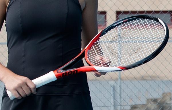 Equilibre d'une raquette de tennis, mesure et conséquence