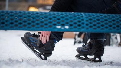 ice_skating_8292720tci_scene_2.jpg-1_-1xoxar.jpg