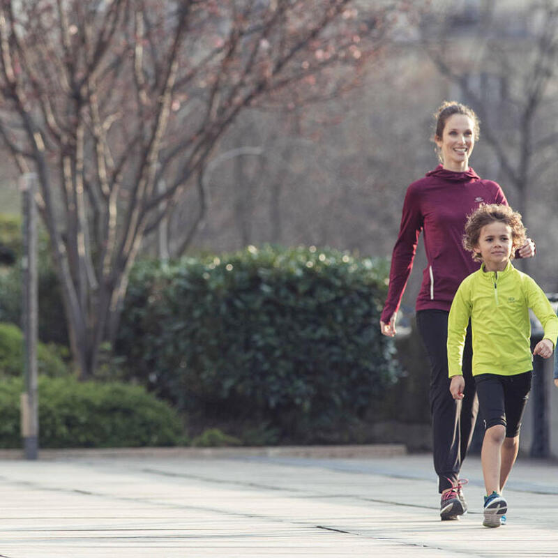 7 tips for encouraging your children to walk