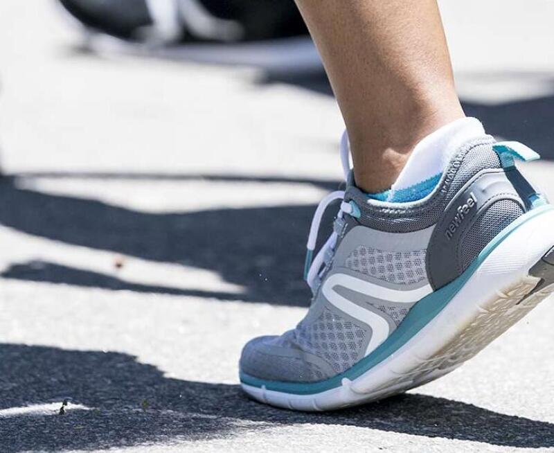 Le déroulé du pied est le mouvement basique de la marche sportive