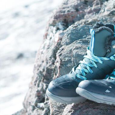 Scegliere bene le scarpe per fare escursioni in inverno - titolo