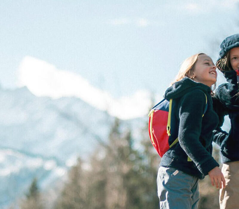 5 tips to motivate your pre-teen when hiking - title