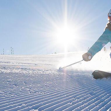 Kies een jas om op de piste te skiën met wed'ze by decathlon