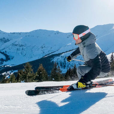 Die Vorteile des Skifahrens – ein Sport, in den du dank der Hinweise von DECATHLON einfach einsteigen kannst.