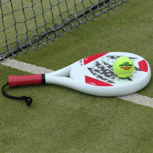 Comment choisir sa balle de padel