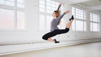 dance_ss17_modern_dances_chausson_jazz_low8367018cc8380036cctci_scene_02.jpg-1_-1xoxar.jpg