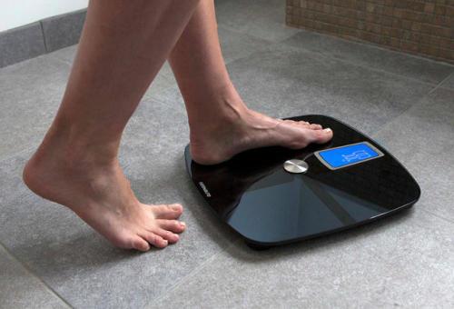 pese personne indice masse corporelle impédancemètre balance connectée pèse personne