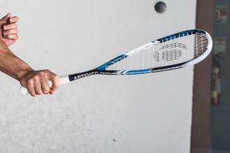 Como escolher uma raquete de squash?