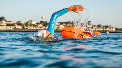 thumbnail-combinaison-nage-en-eau-libre.jpg