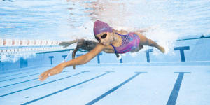 maillot-natation-fille