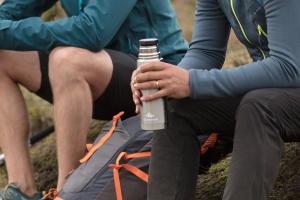 Comment choisir une gourde ou une poche à eau - teaser