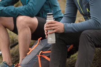 Så här väljer du rätt vattenflaska eller vätskesystem - teaser