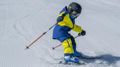 comment-bien-habiller-un-enfant-au-ski.png