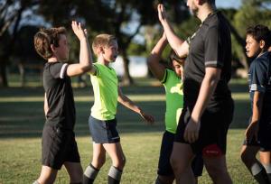 Le rugby est un sport de contact où des valeurs Humaines tels que l'esprit d'équipe, le respect et le dépassement de soi sont très importantes.
