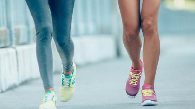 visuel-pourquoi_la_marche_sportive_necessite-t-elle_des_chaussures_specifiques_.jpg