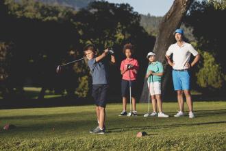 Så väljer du golfset för barn - Decathlon Inesis