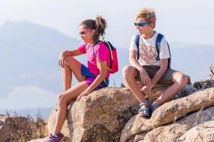 Escolher óculos de sol para crianças - teaser