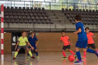 Que vantagens tem o futsal para o desenvolvimento da sua criança?