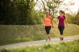 Pourquoi adopter la marche sportive?