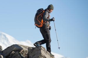 Pourquoi utiliser des bâtons de randonnée - teaser