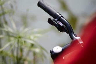 Comment changer mes poignées de vélo (ou grips)?