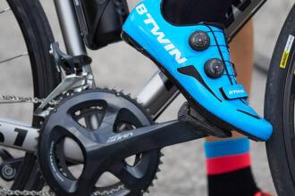 Comment changer de pédales de vélo route ?