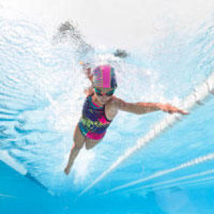 maillot natation fille confirmée