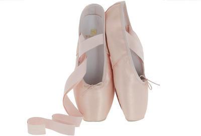 comment_choisir_pointes-de-danse-largeur-chausson.jpg