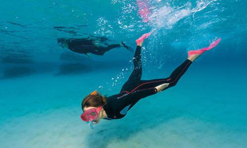 protection solaire combinaison intégrale snorkeling randonnée palmée subea decathlon