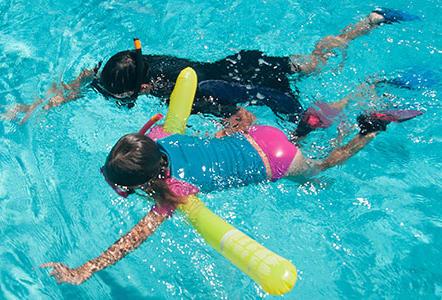 La frite gonflable pour le snorkeling