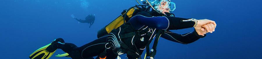 挑選合適潛水防寒衣