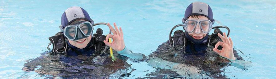 comment choisir taille combinaison plongée enfants subea decathlon