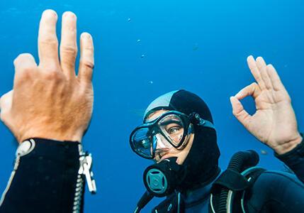 學習水肺潛水