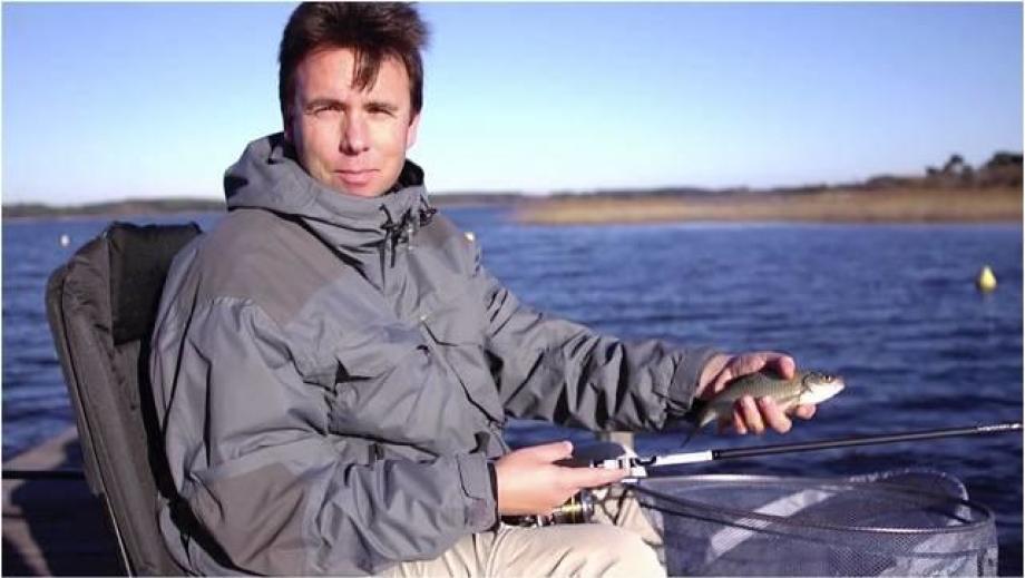 fishing-in-winter