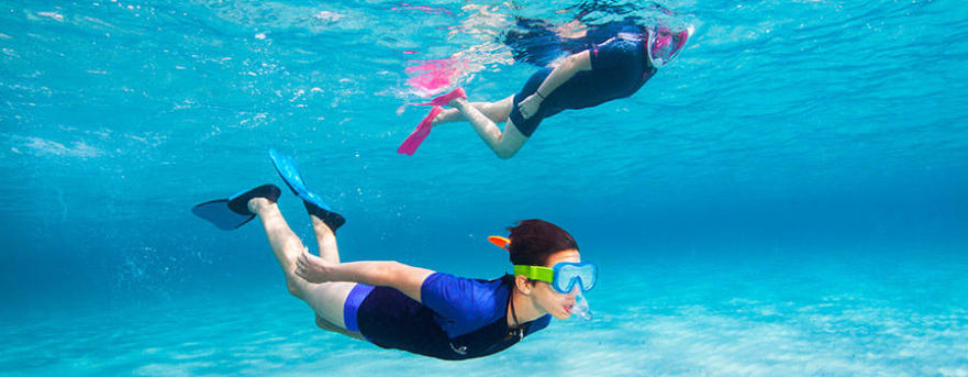 protection solaire snorkeling top uv shorty decathlon subea
