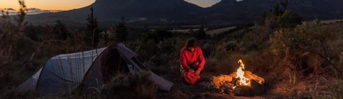 Wandelen: een kampvuur maken