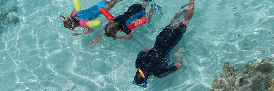 aide flottabilité snorkeling randonnée palmée subea decathlon