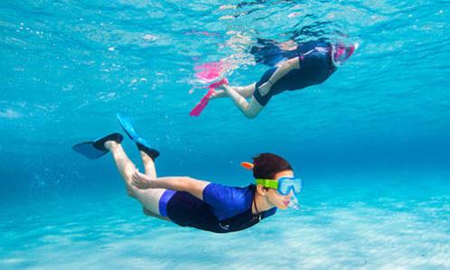 équipement snorkeling randonnée palmée protection thermique subea decathlon