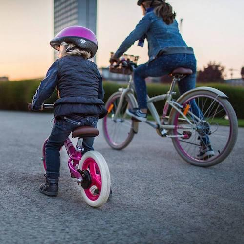 選擇兒童滑步車,還是兒童三輪車?