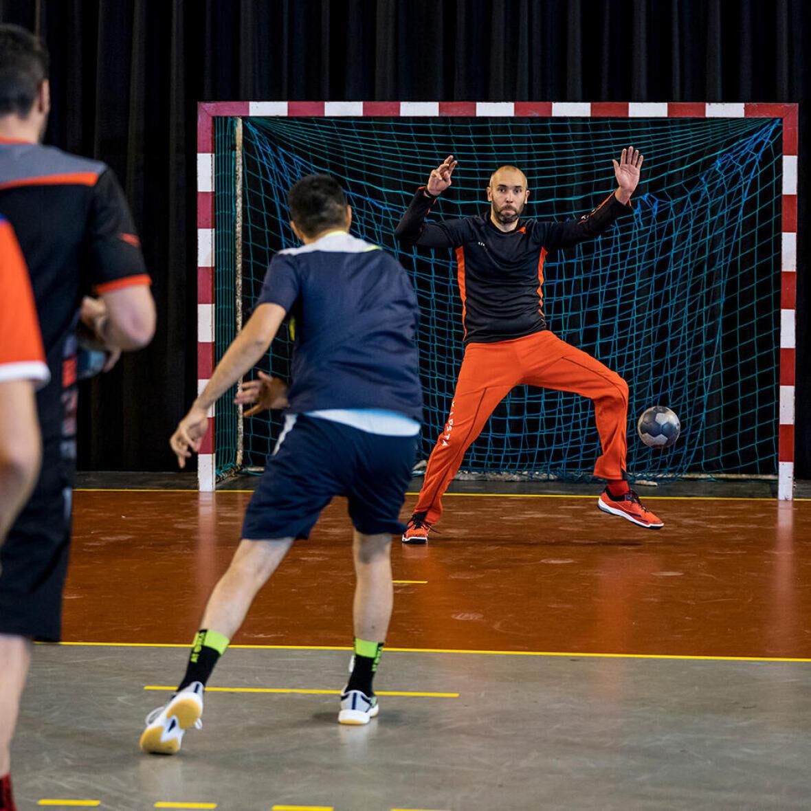 handbalschoenen in actie