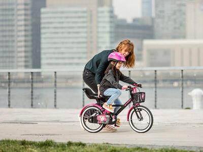 挑選兒童自行車
