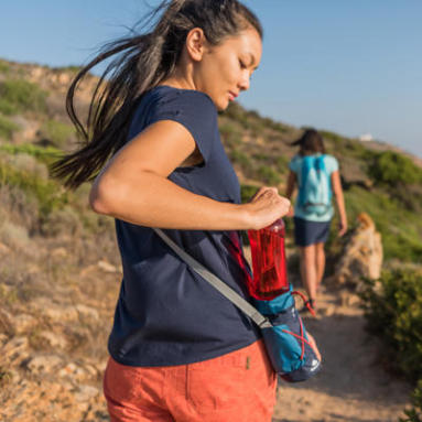 Como se hidratar durante a caminhada?